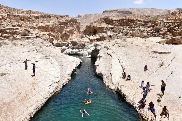 zwemmen-wadi-bani-khalid