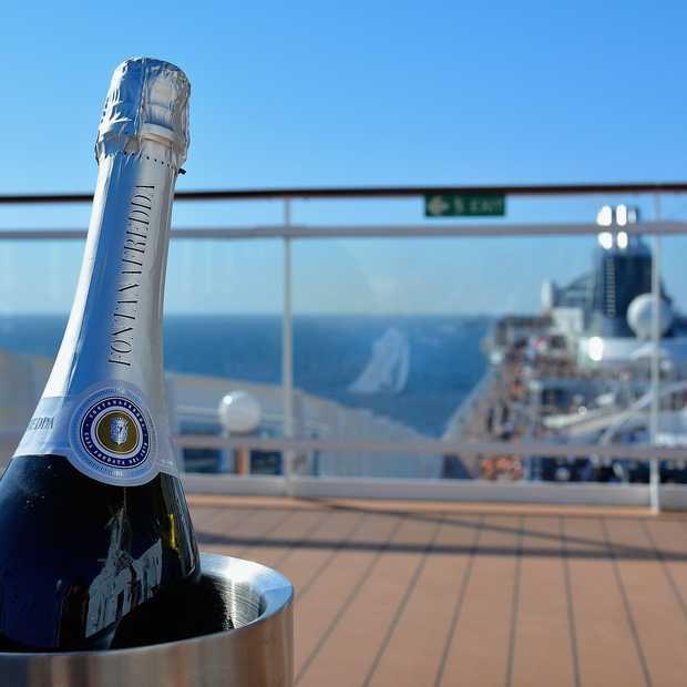 Hoe overleef ik een cruise? Met deze 8 tips wordt het een succes!