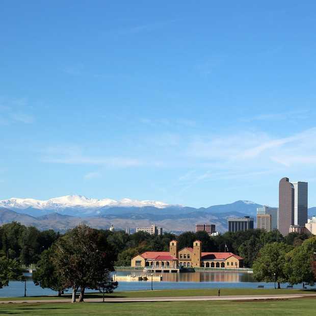 Bruisend Denver, aan de voet van de Rocky Mountains