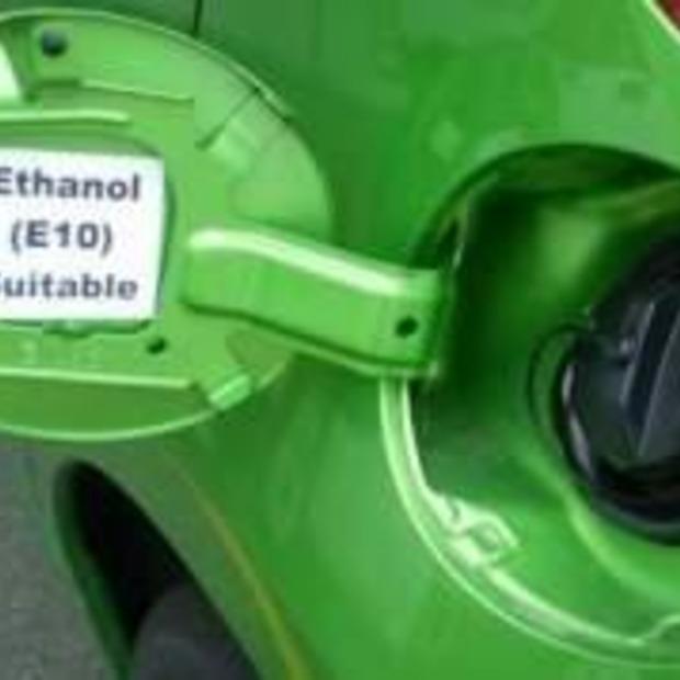 """ANWB: """"Tank geen brandstof E10 in Frankrijk"""""""