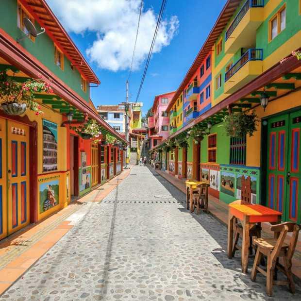 Guatapé in Colombia is het meest kleurrijke dorp op aarde