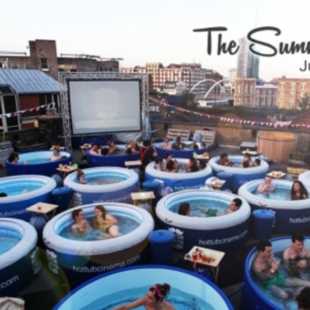 Hot Tub Cinema: Badderend naar de film