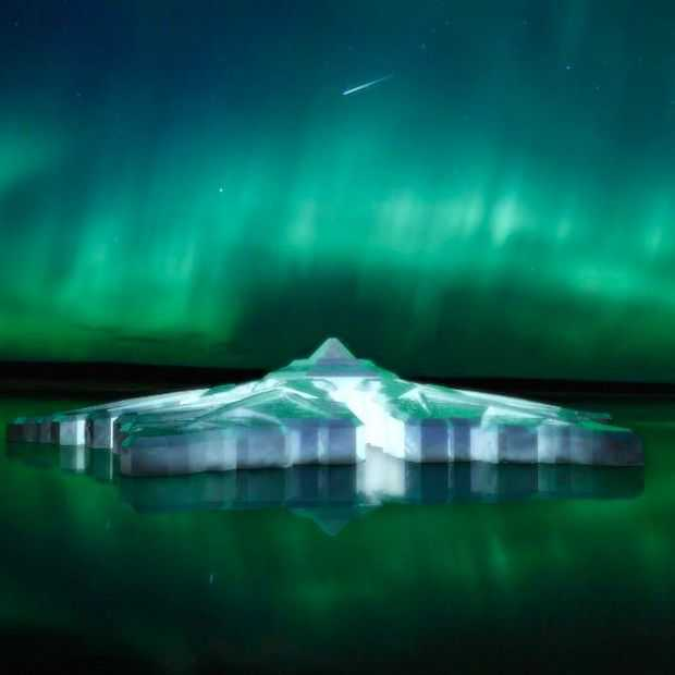The Krystall, drijvend vijfsterrenhotel in Tromsø Noorwegen