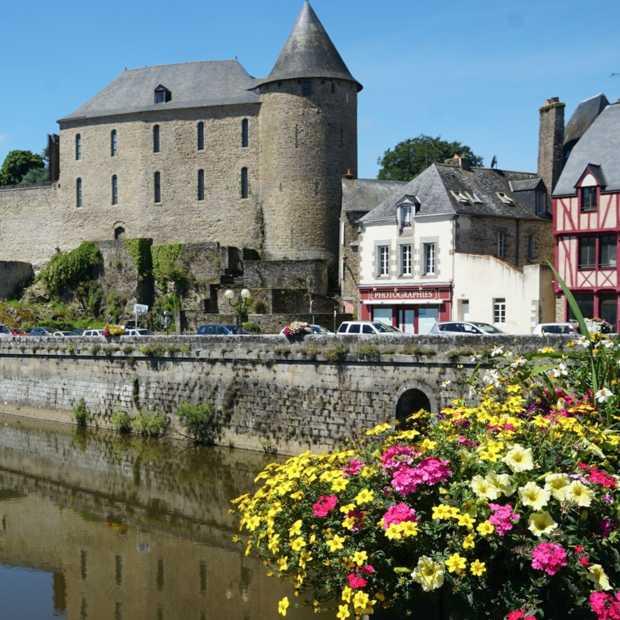 Nederlanders praten op social media het meest over Frankrijk