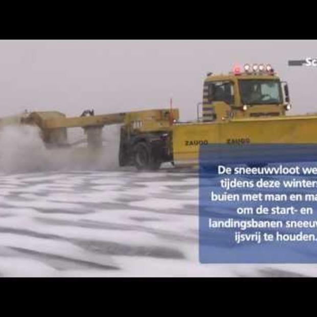Video: De sneeuwvloot van Schiphol