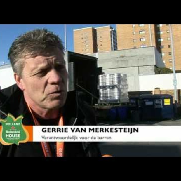 Video: Het bier is gearriveerd in het Holland Heineken House