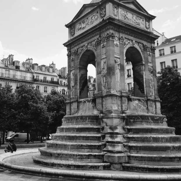 Wegdromen bij een schitterende video van Parijs