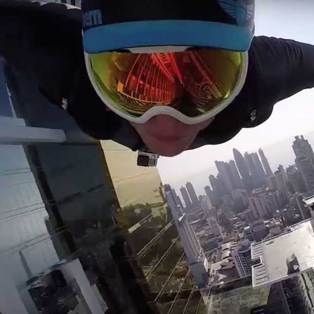 Gave video: wingsuit flying in Panama City