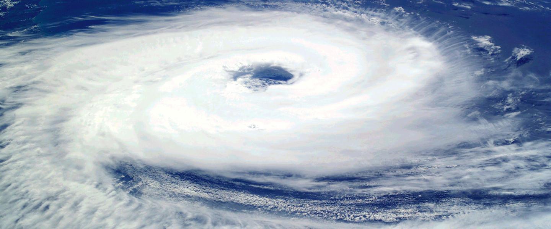 Bill eerste Hurricane van het seizoen...