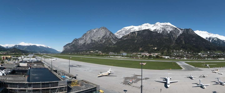 7 bijzondere vliegvelden waar je ooit een keer wilt landen!