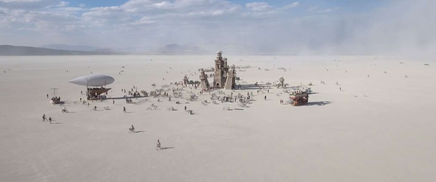 De ultieme aftermovie: Burning Man 2016
