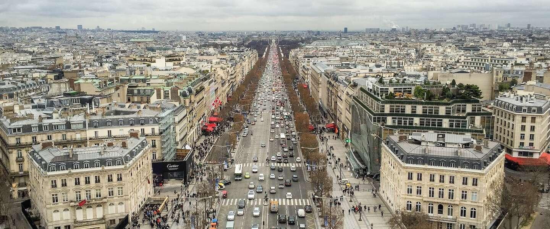 """De Champs-Élysées in Parijs moet """"bijzondere groene tuin"""" worden"""