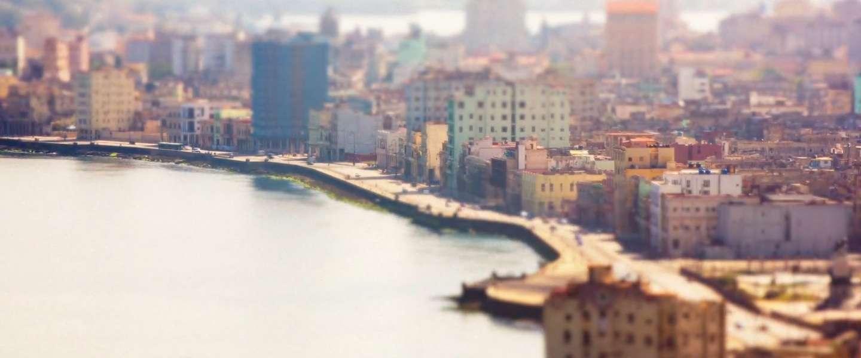 Geniet van Cuba van achter je laptop
