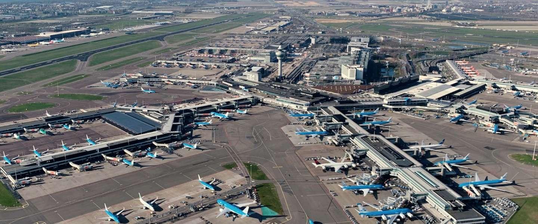 Zo heeft KLM op dit moment de vloot op Schiphol geparkeerd