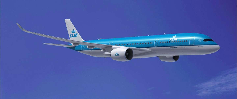 Sterrenkok Richard Ebbekus serveert maaltijden op vluchten van KLM