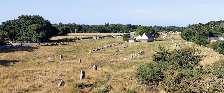 De wondere wereld van megalieten en menhirs bij Carnac in Bretagne