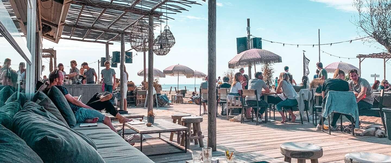 Dit zijn ze: de 21 mooiste strandtenten aan de Nederlandse kust