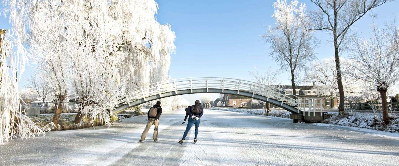 Hier in Nederland kun je NU schaatsen op natuurijs