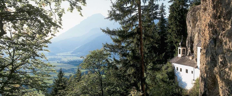 Oostenrijks droomhuisje in de rotsen zoekt nieuwe bewoner