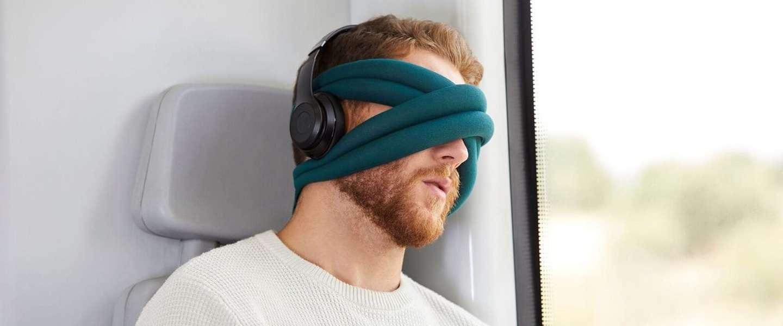 De Ostrich Pillow Loop: apart design, maar lekker slapen onderweg