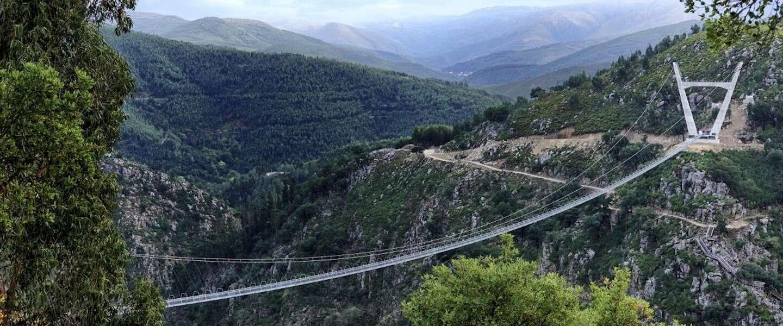 Portugal heeft nu de langste wandelhangbrug ter wereld: Ponte 516 Arouca