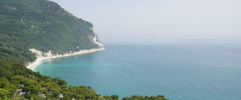 Deze 35 foto's laten zien hoe mooi Riviera del Conero in Italië is
