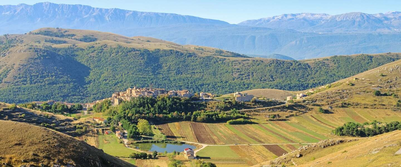 Dit idyllische dorp in Italië betaalt je 44.000 euro om er te komen wonen