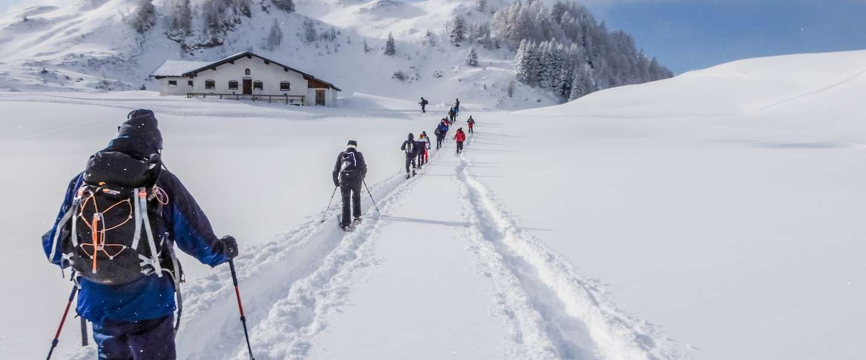 Wintersporters, ga ook eens sneeuwschoenwandelen!