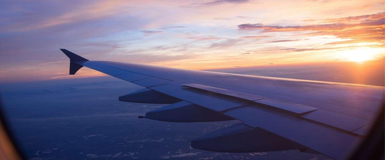 5 ultieme tips om wél te slapen in het vliegtuig
