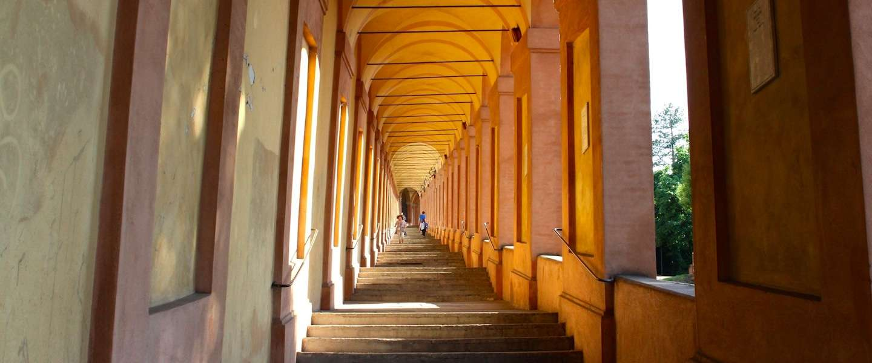 De mooiste wandeling in Bologna: naar basilica San Luca