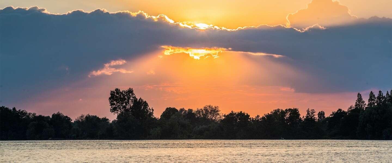 Zo mooi is Aalsmeer: unieke docu over de Westeinderplassen