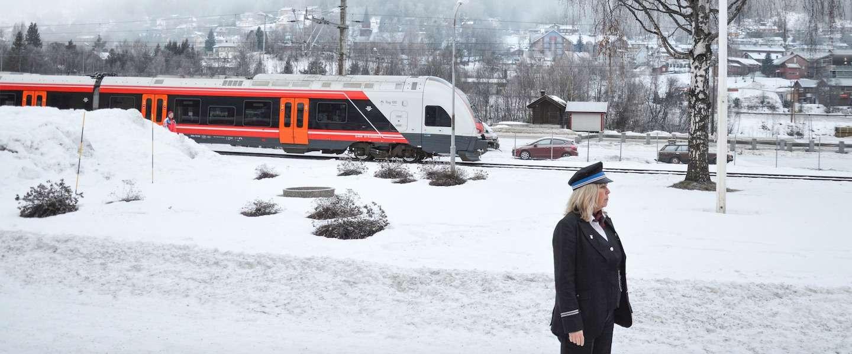 Zo verplaats jij je tijdens een winterse reis door Noorwegen
