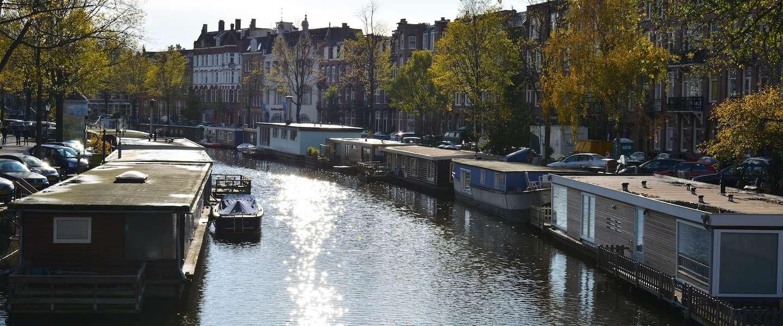 Nachtje dobberen op de Seine of op de Amsterdamse grachten