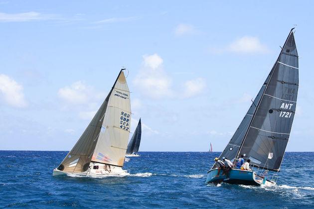antigua-caribisch-eiland-zeilboten