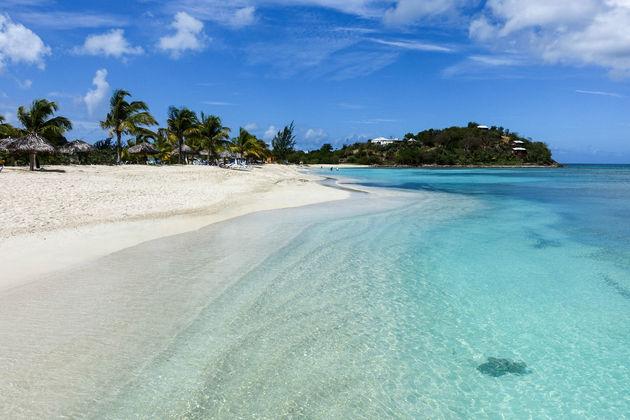 antigua-caribisch-eiland-strand