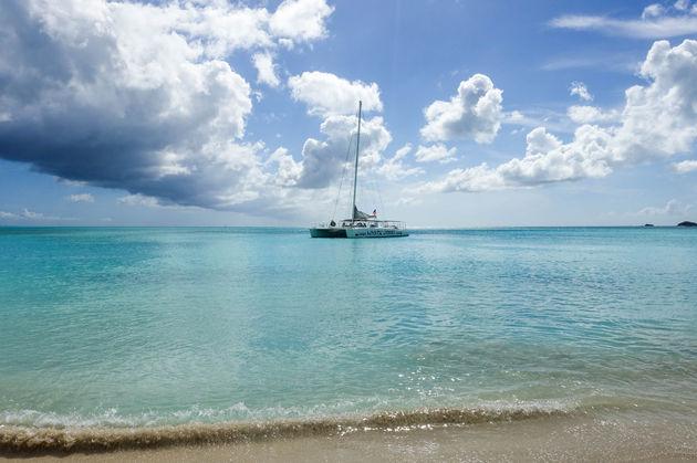 antigua-caribisch-eiland-boot