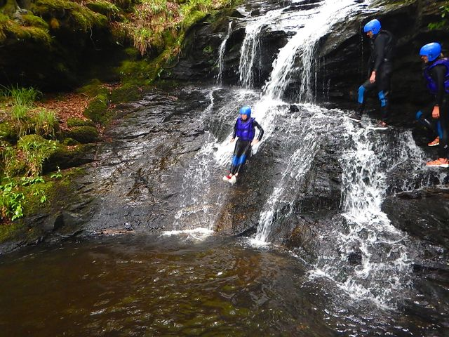 microadventure_canyoning_rotsen