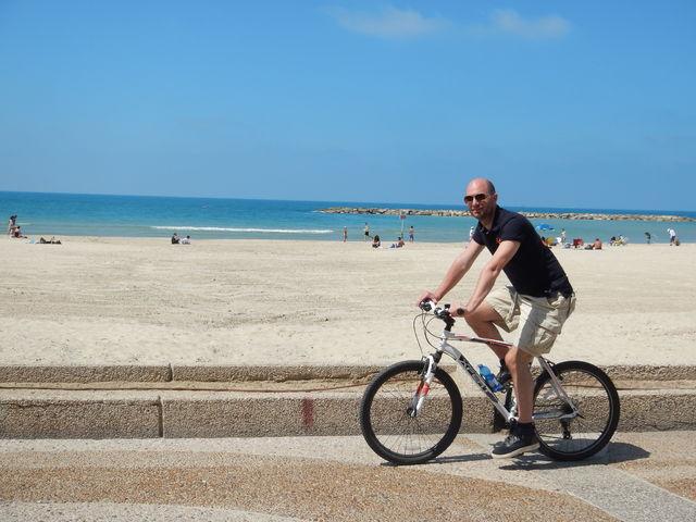 israel_maarten_fietsen