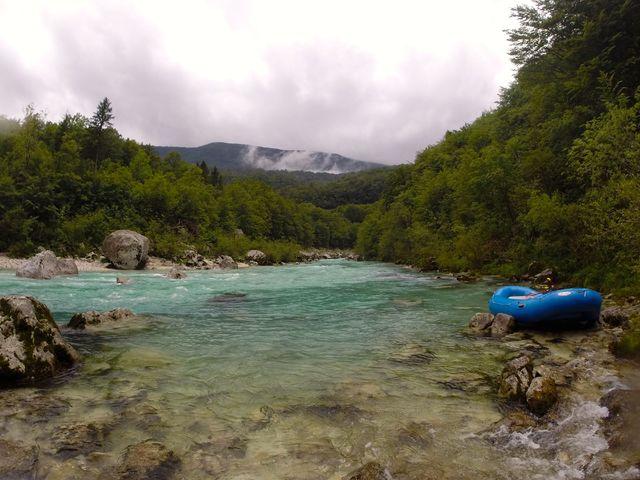 slovenie_Soca_River_raften