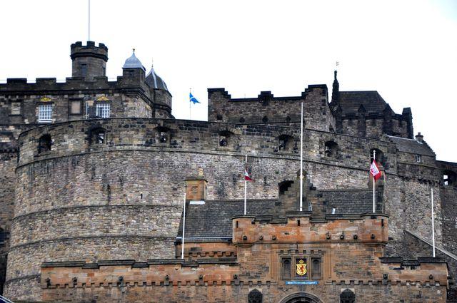 microadventure_edinburgh_castle