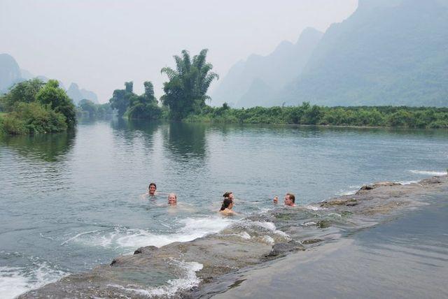Zwemmen-meer-china