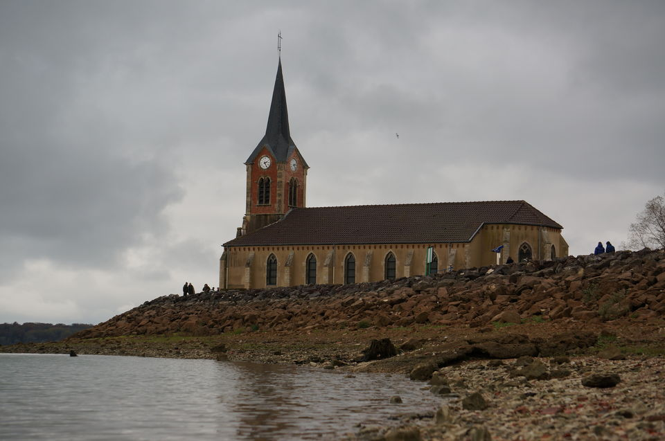 CHURCH_LAC_DE_DER