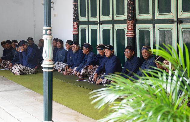 9-java-mannen-klederdracht