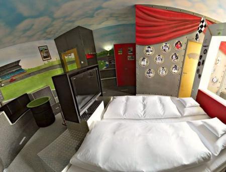 V8-hotel-06.jpg