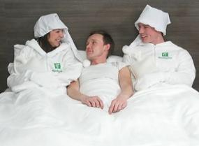 alg_holiday_inn_bed_warmers.jpg