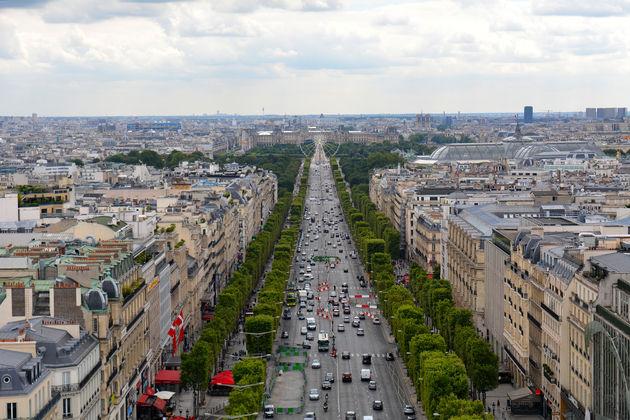 Arc-de-triomphe-view