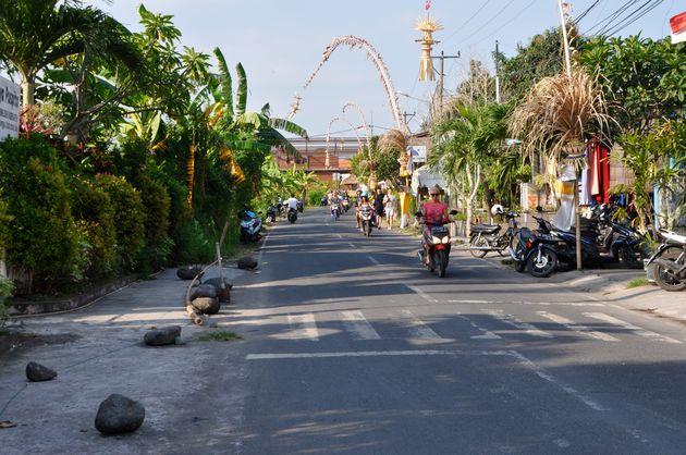 bali-inspiratie-straat-scooters