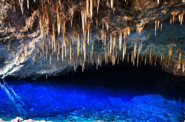 blue-lake-cave