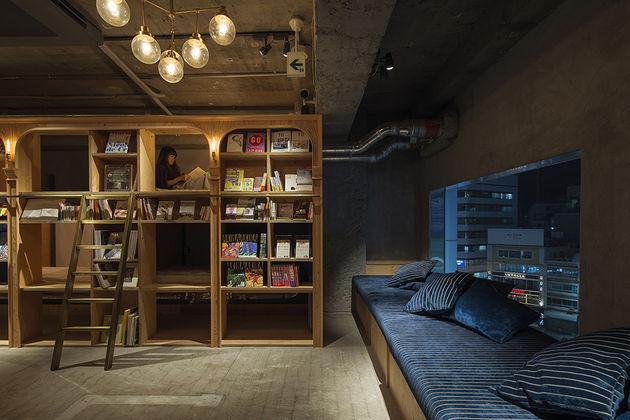 boekenkast-hotel-japan-1