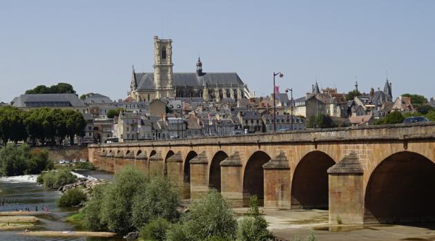 Brug_Loire_Nevers